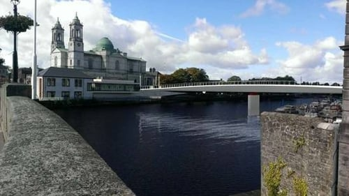 An artist's impression of the new bridge across the Shannon