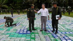 Colombian President Juan Manuel Santos viewed the haul