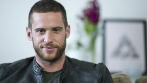 Watch this Home & Away bae test his Irish slang on RTÉ Player