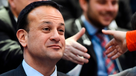 Taoiseach wants 'firm commitment' from Britain on Irish border | RTÉ News
