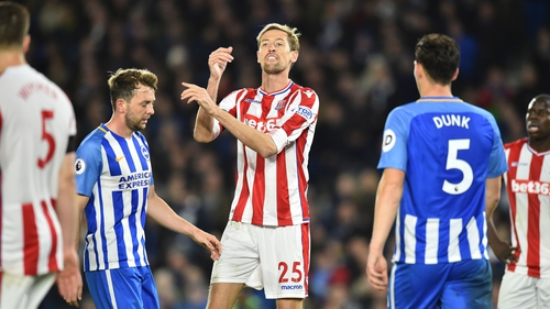 Crouch issues instructions after breaking the record
