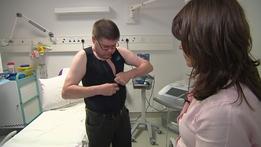 Smart vest trials examine effect diabetes has on heart | RTÉ News