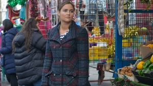 Lauren threatens to expose Max on EastEnders
