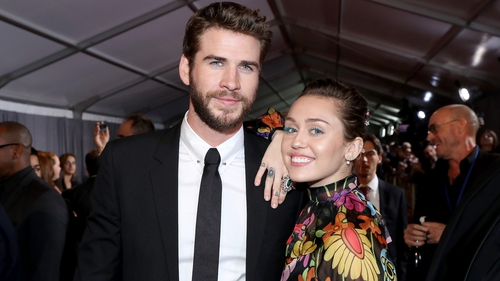 Miley Cyrus sends fans into pregnancy frenzy with Thanksgiving pic