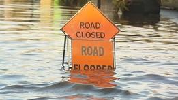 Flooding forces school closures | RTÉ News