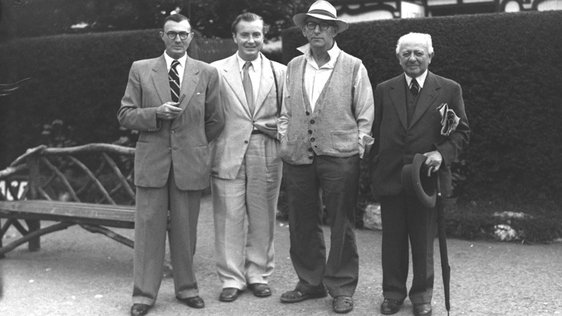 Patrick Kavanagh (third from left) and others at the Royal Dublin Society (RDS) early 1940s. © RTÉ  0509/086