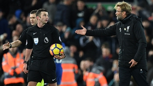 Jurgen Klopp was unhappy with the way that Michael Oliver delayed a substitution