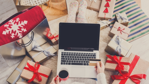 Borrowing for Christmas? 5 top tips to help