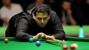 Leo Fernandez came from 5-1 down to defeat Ding Junhui in the UK Championship on Tuesday evening