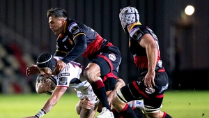 Christian Lealiifano is tackled by Gavin Henson