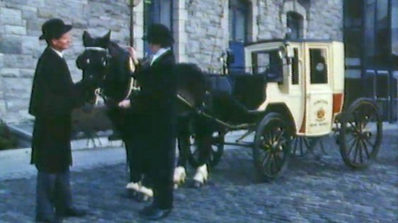 Dublin Horse Carriage (1987)