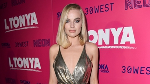 Margot Robbie attends the Los Angeles Premiere of 'I, Tonya'