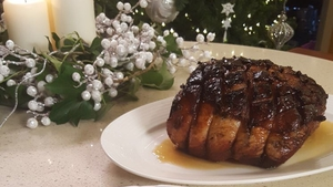 Rib of Beef with Mustard Crust: Neven's Christmas Menu