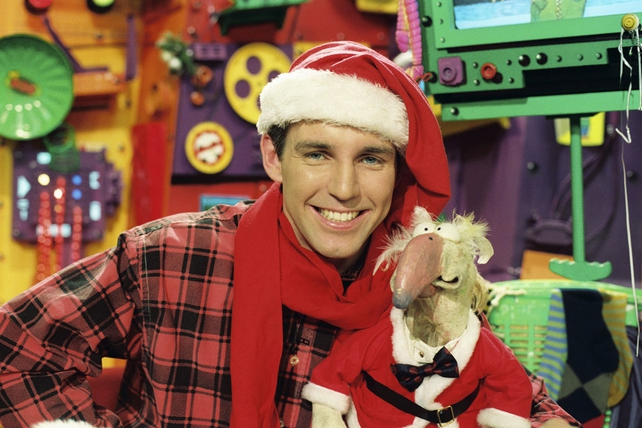 Dustin gets festive with Ray D'Arcy on The Den