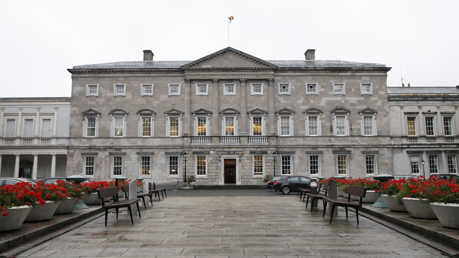 Two-year low in support for FF, opinion poll suggests