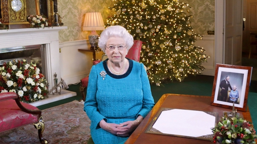 The Queen's mince pies