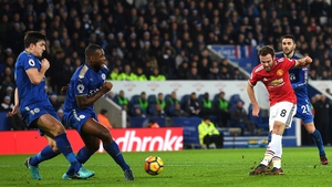 Juan Mata equalises for Manchester United after Jamie Vardy gave the hosts the lead