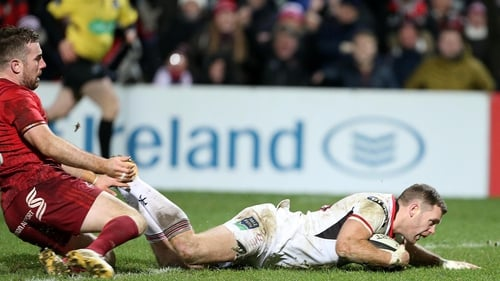 Darren Cave goes over for one of Ulster's tries