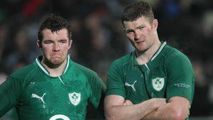 Peter O'Mahony (L) will renew acquaintances with former Munster team-mate Donnacha Ryan this weekend