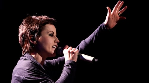 Fans pay tribute to Cranberries singer Dolores O'Riordan