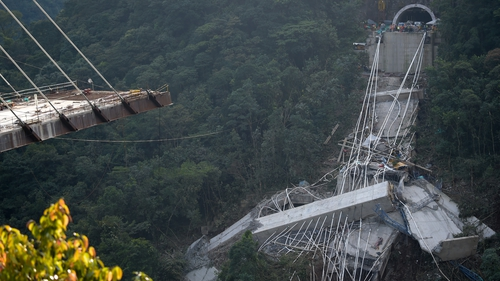 Collapse of Colombian bridge kills workers