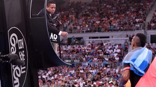 Rafael Nadal overcomes Leonardo Mayer in straight sets to reach third round