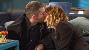 Romance blooms between Pete and Rhona on Emmerdale