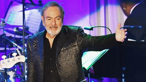 Neil Diamond Retiring From Touring Following Diagnosis