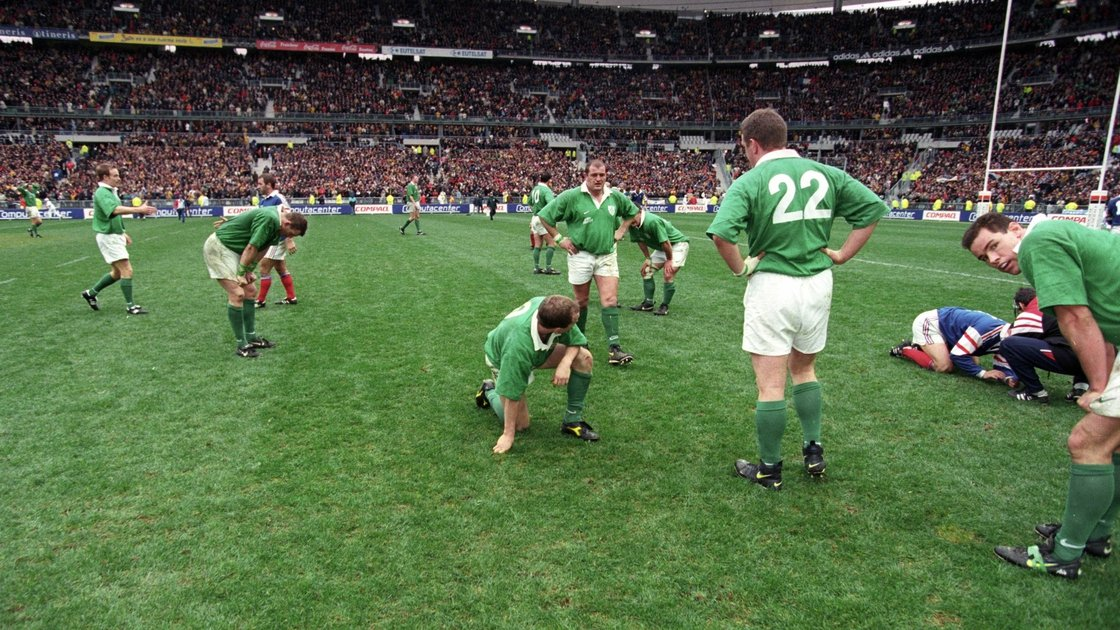 Image - The dejected Irish players after the final whistle in Paris in '98.