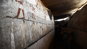 rare wall paintings inside the tomb of Old Kingdom priestess Hetpet