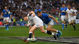 Eddie Jones wants to see Owen Farrell put it up to France