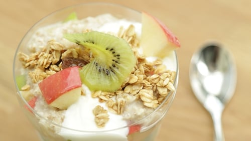 Fruit & Granola Cup