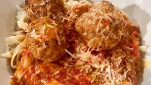 Simon Delaney's Tagliatelle & Meatball Ragu
