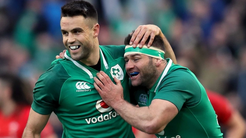 Ireland maintain flawless start in wild 37-27 win over Wales