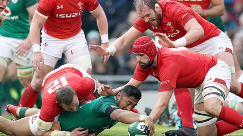 Ireland maintain unbeaten run with win over Wales