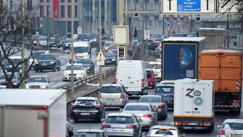 Stuttgart and Duesseldorf  ordered to amend anti-pollution plans