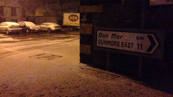 Snow has been falling in parts of Leinster this evening