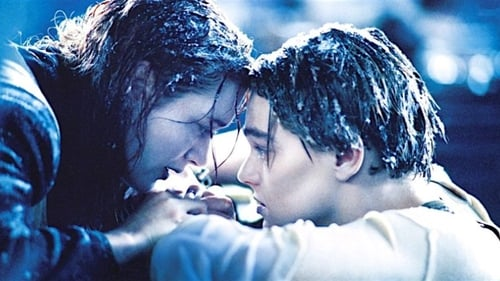 Kate Winslet and Leonardo DiCaprio as Rose and Jack in Titanic