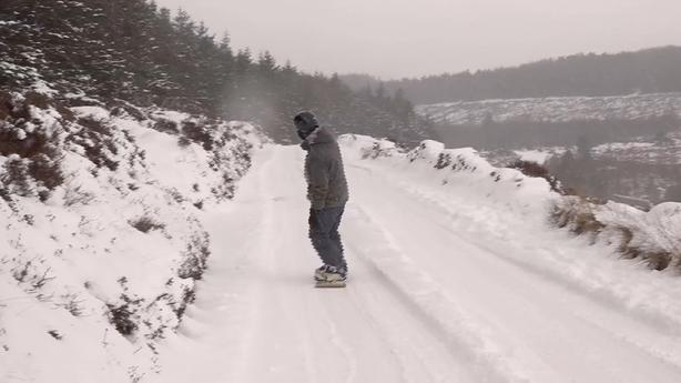 Snowboarder Wicklow mountains
