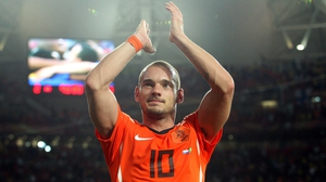 Wesley Sneijder will start training later this month at amateur team DOS Holland Stichtse Boys