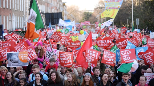 Tens of thousands march in favour of retaining Eighth Amendment