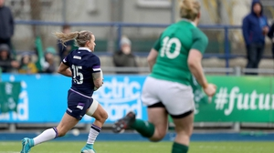 Chloe Rollie scored what turned out to be the winning try