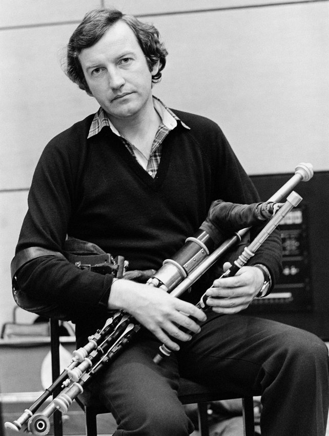 Liam O'Flynn during recording of 'The Long Note' (1980)