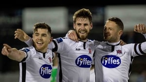 Dundalk host Waterford in Oriel Park tonight in a clash between the 2nd and 3rd placed teams