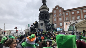 Thousands of people in Dublin trying to get the best spot to view the parade
