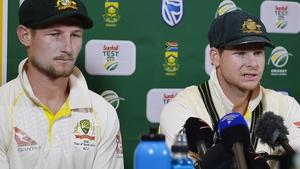 Cameron Bancroft (l): 'I panicked in that situation'