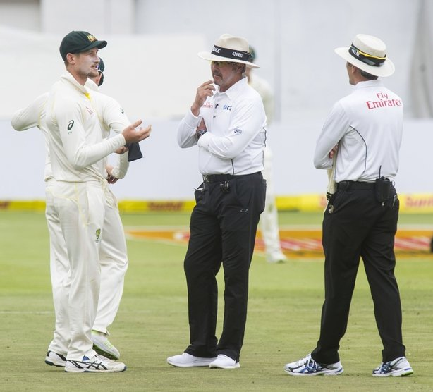 Did Australia resort to ball-tampering in the 2017/18 Ashes?