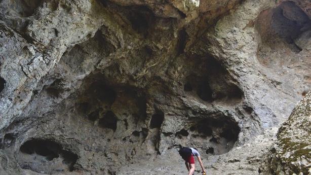 cavern roque nublo