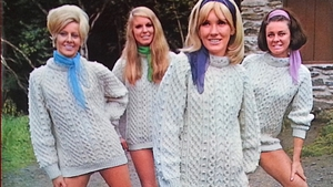Lovely girls gather - from a classic Clancy Brothers &Tommy Makem album sleeve