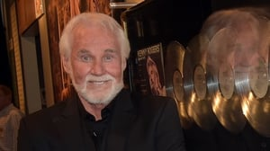 Kenny Rogers has cancelled all up coming gigs